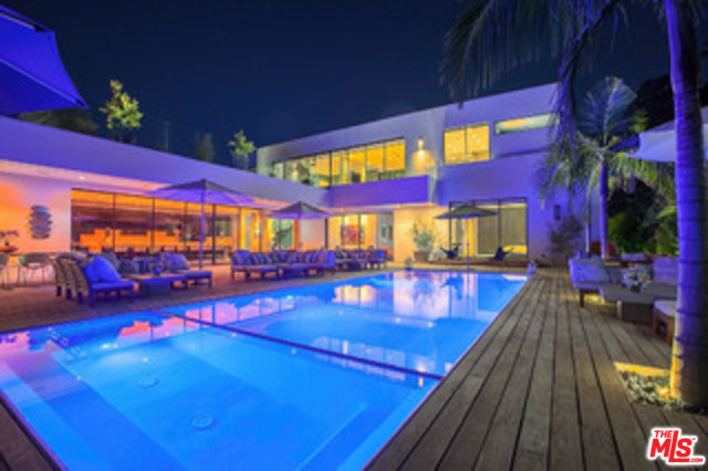 Photo of 9570 SUNSET, BEVERLY HILLS, CA 90210