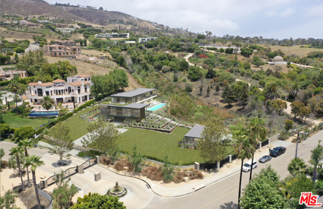 6398 Sea Star Dr, Malibu, California 90265, 6 Bedrooms Bedrooms, ,7 BathroomsBathrooms,Residential,For Sale,Sea Star,20-596676