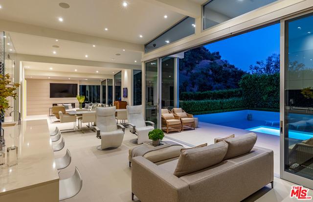 Photo of 10555 VESTONE WAY, LOS ANGELES, CA 90077