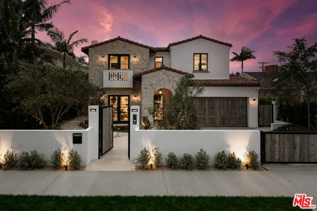 Photo of 433 El Medio Ave, Pacific Palisades, CA 90272