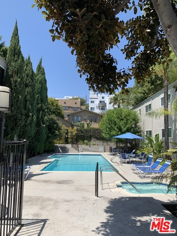 Photo of 976 Larrabee St #131, West Hollywood, CA 90069
