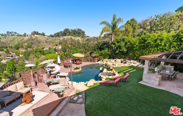 Photo of 9722 Royce Ct, Beverly Hills, CA 90210