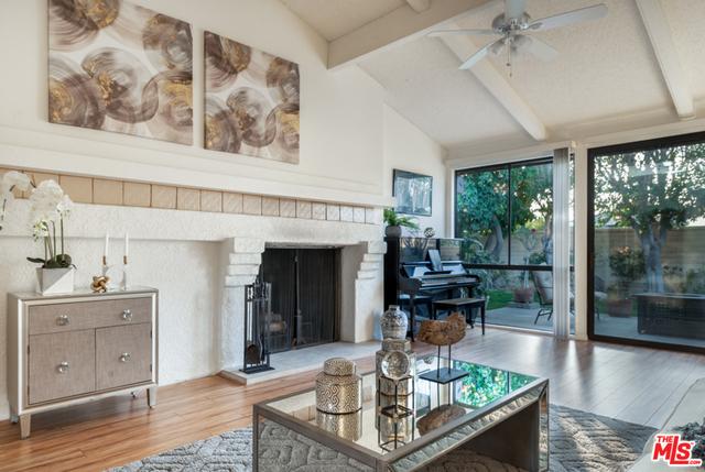 Los Lagos   Indian Wells neighborhood   Homes For Sale ...