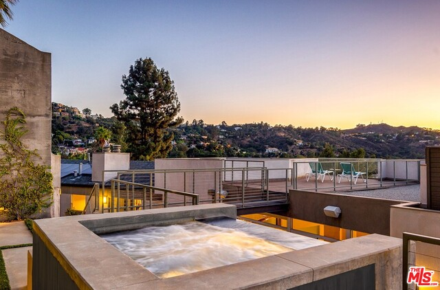Photo of 3274 N KNOLL DR, LOS ANGELES, CA 90068