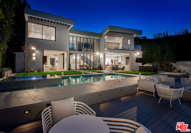 Photo of 1749 Stone Canyon Rd, Los Angeles, CA 90077