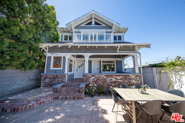 Photo of 111 DUDLEY AVE, Venice, CA 90291