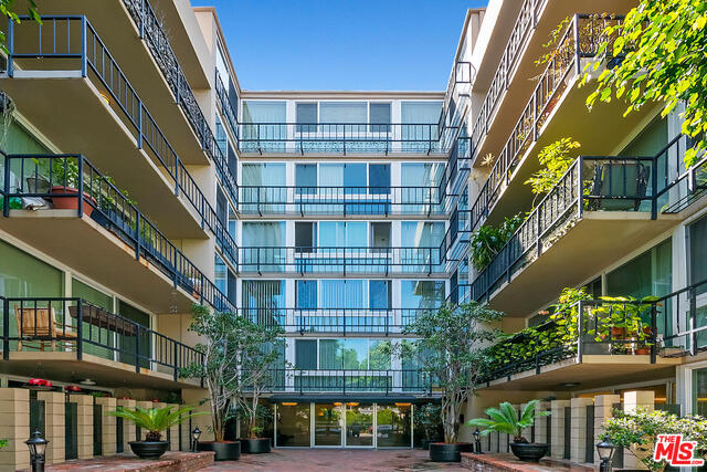 Photo of 9950 Durant Dr #504, Beverly Hills, CA 90212