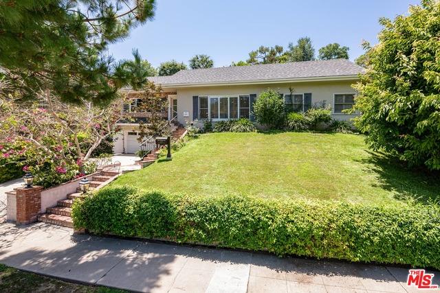 Photo of 435 Dalehurst Ave, Los Angeles, CA 90024