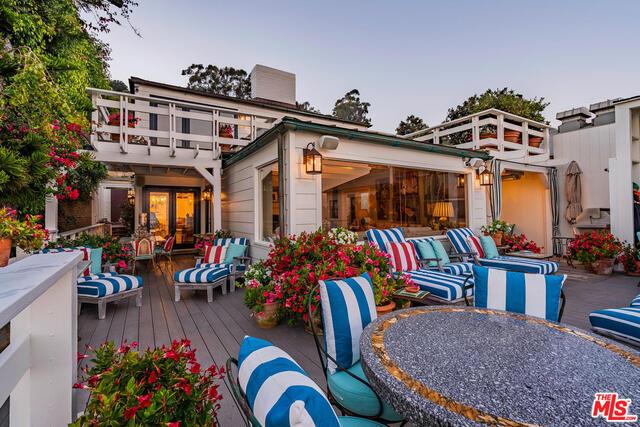 23006 Pacific Coast Hwy, Malibu, California 90265, 3 Bedrooms Bedrooms, ,3 BathroomsBathrooms,Residential,For Sale,Pacific Coast,20-603188