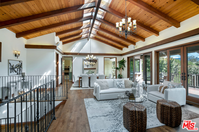 7038 GRASSWOOD AVE, MALIBU, California 90265, 5 Bedrooms Bedrooms, ,4 BathroomsBathrooms,Residential,For Sale,GRASSWOOD,20-603218
