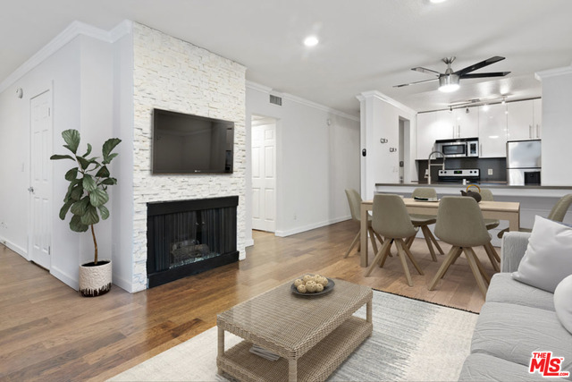 Photo of 141 S Clark Dr #226, West Hollywood, CA 90048
