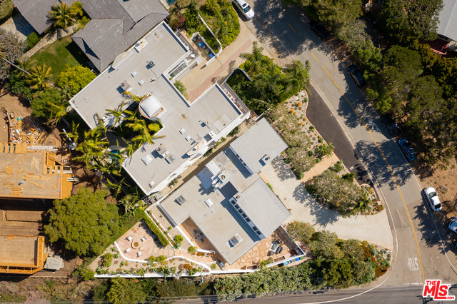 31855 Broad Beach Rd, Malibu, California 90265, 4 Bedrooms Bedrooms, ,3 BathroomsBathrooms,Residential,For Sale,Broad Beach,20-606954