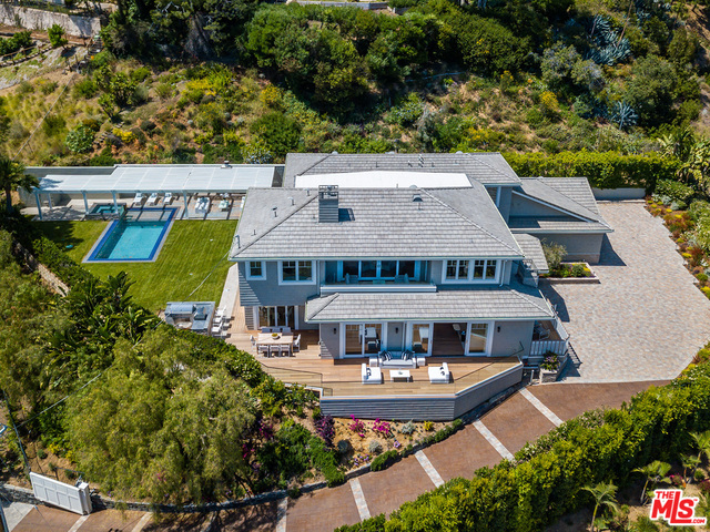 Photo of 1346 MARINETTE RD, Pacific Palisades, CA 90272