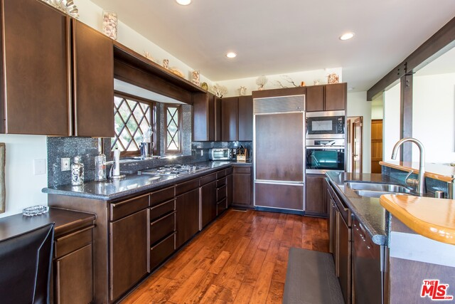 650 Resolano Drive, PACIFIC PALISADES, California 90272, 4 Bedrooms Bedrooms, ,3 BathroomsBathrooms,Residential,For Sale,Resolano Drive,20-608374