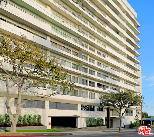 Photo of 838 N Doheny Dr #1207, West Hollywood, CA 90069