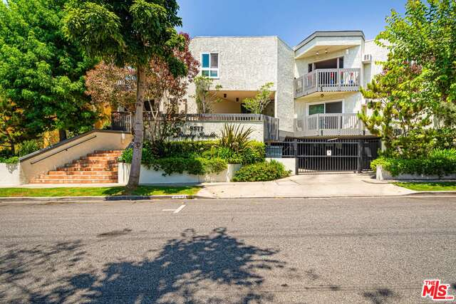Photo of 8577 Rugby Dr #102, West Hollywood, CA 90069