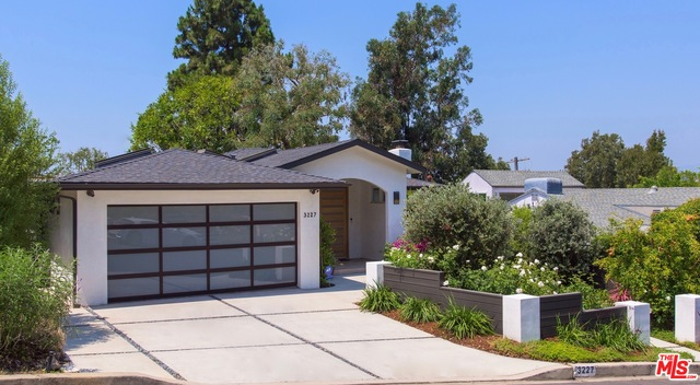 Photo of 3227 Selby Ave, Los Angeles, CA 90034
