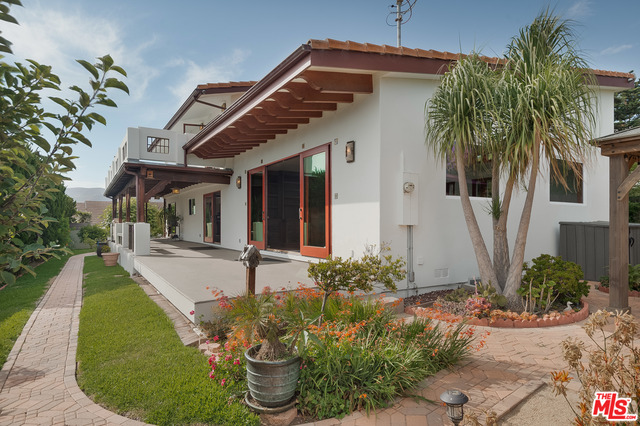 30506 Morning View Dr, Malibu, California 90265, 4 Bedrooms Bedrooms, ,3 BathroomsBathrooms,Residential,For Sale,Morning View,20-609824