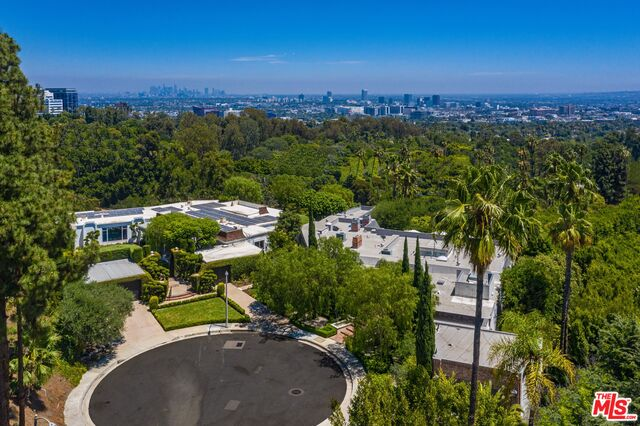 Photo of 520 Stonewood Dr, Beverly Hills, CA 90210