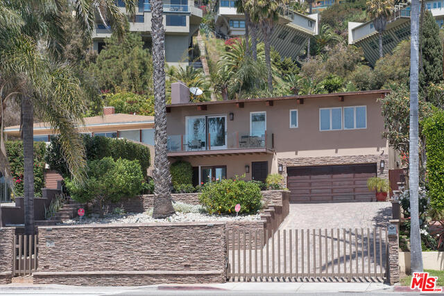 21439 Pacific Coast Hwy, Malibu, California 90265, 4 Bedrooms Bedrooms, ,4 BathroomsBathrooms,Residential,For Sale,Pacific Coast,20-609918