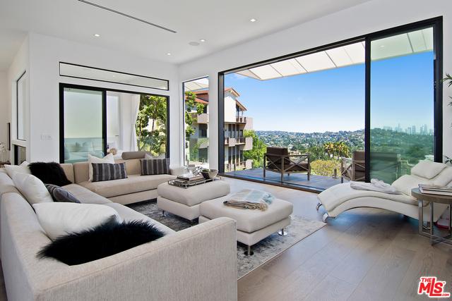 Photo of 4130 Parva Ave, Los Angeles, CA 90027