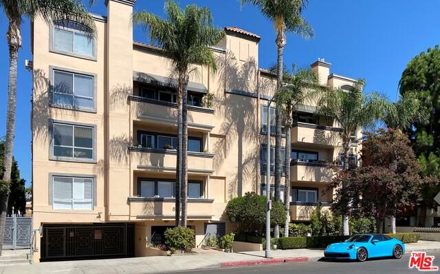 Photo of 5224 Zelzah Ave #101, Encino, CA 91316