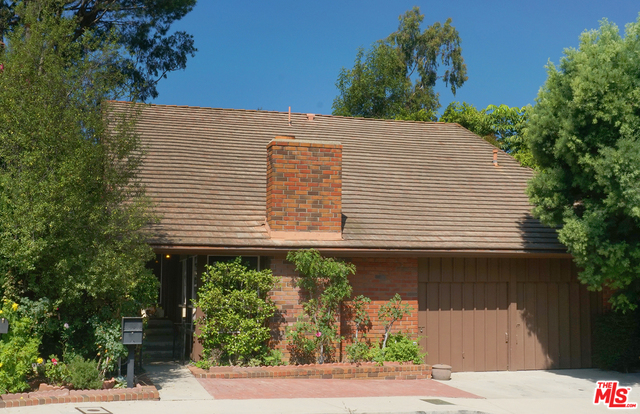 Photo of 10218 Autumn Leaf Cir, Los Angeles, CA 90077