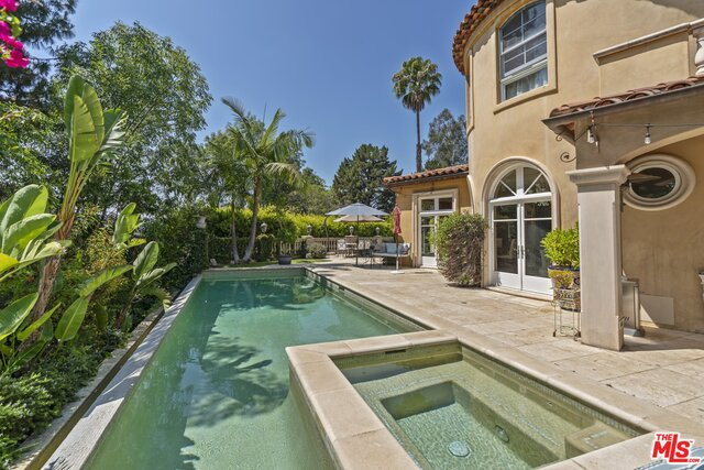 Photo of 3002 Hutton Pl, Beverly Hills, CA 90210