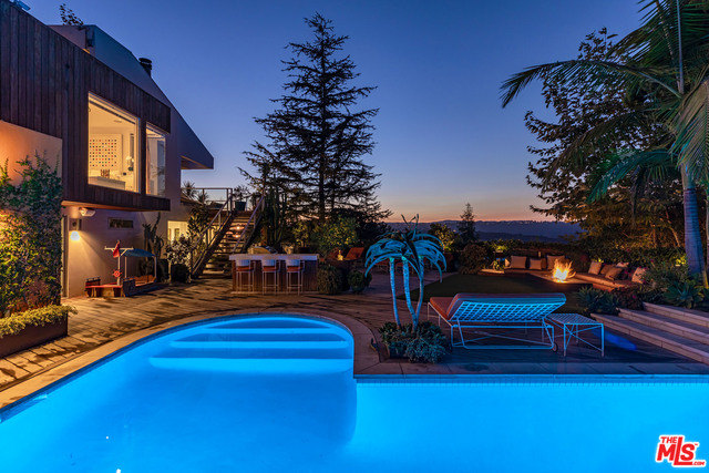 Photo of 1619 Tower Grove Dr, BEVERLY HILLS, CA 90210