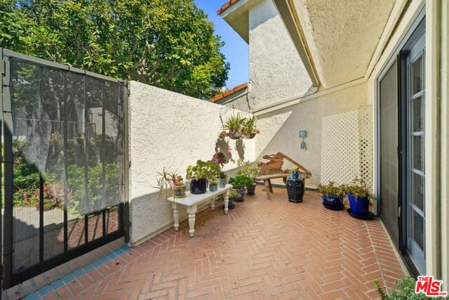 6794 Shearwater Ln, Malibu, California 90265, 3 Bedrooms Bedrooms, ,2 BathroomsBathrooms,Residential,For Sale,Shearwater,20-611978