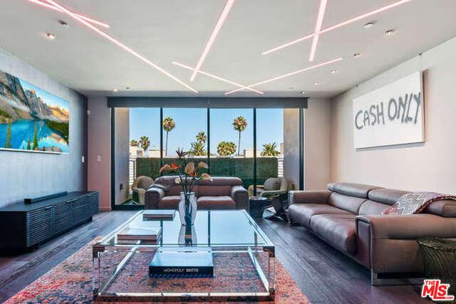 Photo of 432 N Oakhurst Dr #PH 504, Beverly Hills, CA 90210