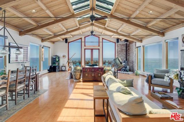 3916 RAMBLA ORIENTA, Malibu, California 90265, 3 Bedrooms Bedrooms, ,3 BathroomsBathrooms,Residential Lease,For Sale,RAMBLA ORIENTA,20-613958