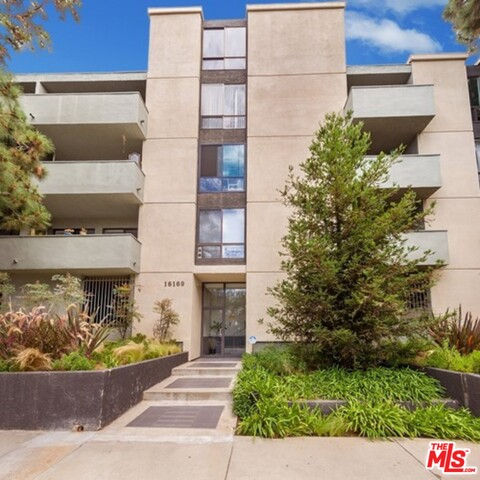 Photo of 16169 W Sunset Blvd #201, Pacific Palisades, CA 90272
