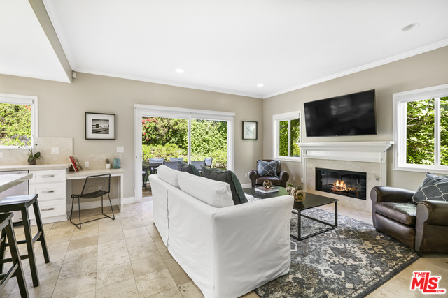 28905 BEACH LN, MALIBU, California 90265, 4 Bedrooms Bedrooms, ,4 BathroomsBathrooms,Residential,For Sale,BEACH,20-614372
