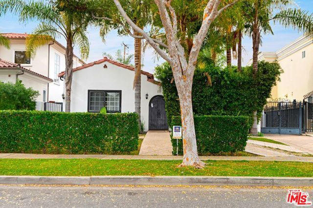 Photo of 333 S CRESCENT DR, BEVERLY HILLS, CA 90212