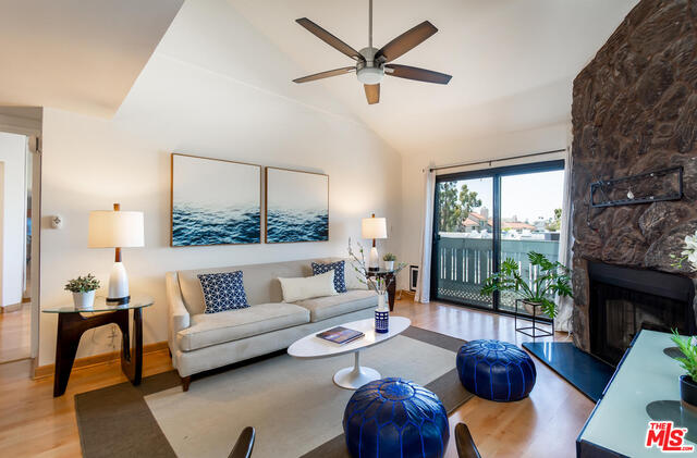 Photo of 8162 Manitoba St #302, PLAYA DEL REY, CA 90293