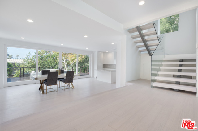 30370 MORNING VIEW DR, MALIBU, California 90265, 4 Bedrooms Bedrooms, ,4 BathroomsBathrooms,Residential,For Sale,MORNING VIEW,20-615020