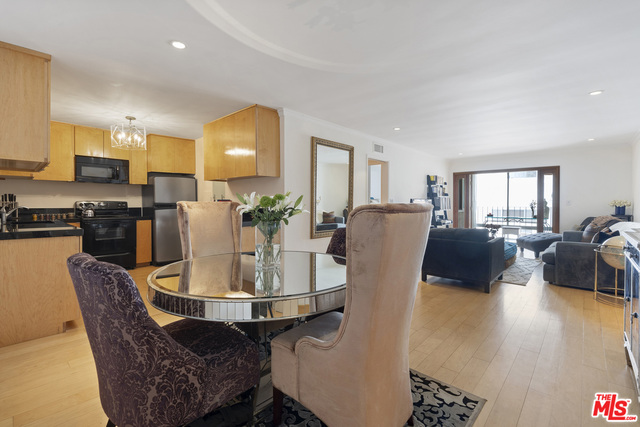 Photo of 705 Westmount Dr #209, West Hollywood, CA 90069