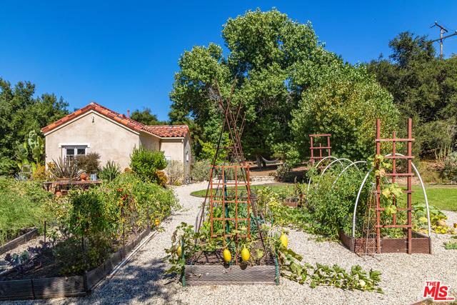 21149 Entrada RD, TOPANGA, California 90290, 5 Bedrooms Bedrooms, ,5 BathroomsBathrooms,Residential,For Sale,Entrada,20-615838