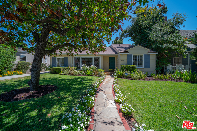 Photo of 4638 Willowcrest Ave, TOLUCA LAKE, CA 91602