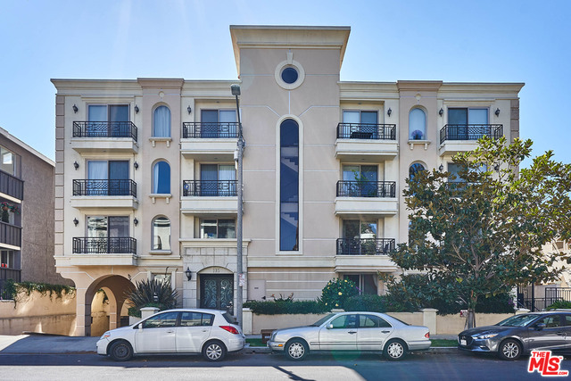 Photo of 135 S Swall Dr #302, Los Angeles, CA 90048