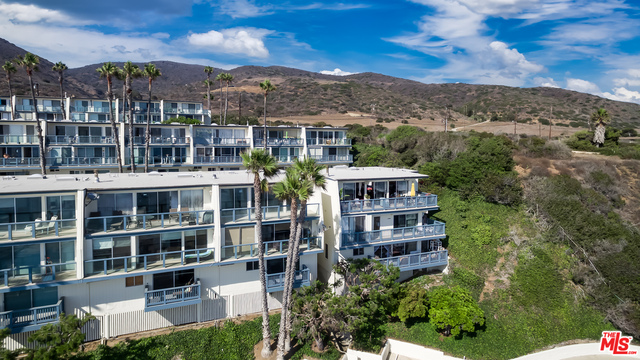 11948 WHITEWATER LN, MALIBU, California 90265, 2 Bedrooms Bedrooms, ,2 BathroomsBathrooms,Residential,For Sale,WHITEWATER,20-617698