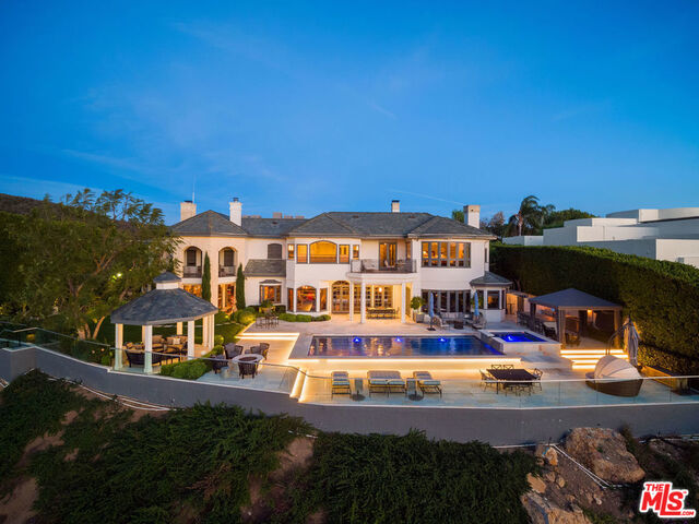 Photo of 16224 Shadow Mountain Dr, Pacific Palisades, CA 90272