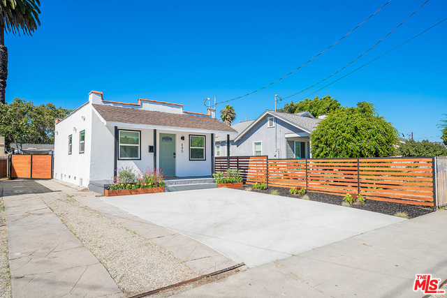 Photo of 845 W 94Th St, Los Angeles, CA 90044