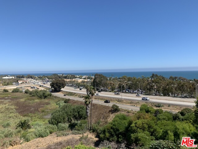 23901 Civic Center Way, MALIBU, California 90265, 2 Bedrooms Bedrooms, ,2 BathroomsBathrooms,Residential Lease,For Sale,Civic Center Way,20-618308