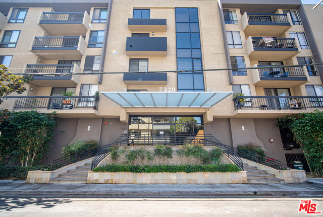 Photo of 7320 Hawthorn AVE #315, LOS ANGELES, CA 90046