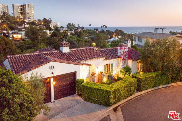 Photo of 267 Amalfi Dr, Santa Monica, CA 90402