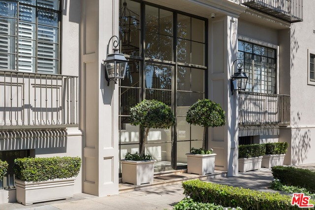 Photo of 9601 CHARLEVILLE #21, BEVERLY HILLS, CA 90212