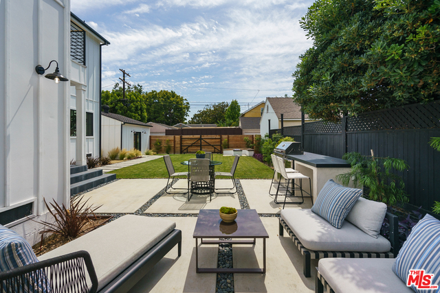 Photo of 2729 Overland Ave, Los Angeles, CA 90064
