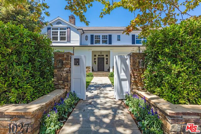 Photo of 1027 Corsica Dr, Pacific Palisades, CA 90272